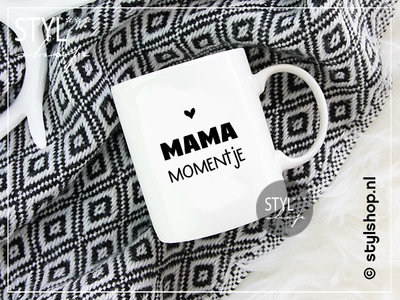 Mok Mama momentje zwart wit