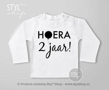 a20c47a0f5dd2f Shirt - Verjaardag - Hoera.... jaar! - Styl*Shop - FRIESE PRODUCTEN ...